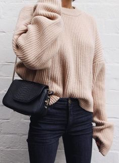30 Chic Fall Outfit Ideas – Street Style Look. 36 Sexy Street Style Outfits To Update You Wardrobe Today – 30 Chic Fall Outfit Ideas – Street Style Look. Looks Street Style, Looks Style, Skandinavian Fashion, Mode Outfits, Casual Outfits, Simple Outfits, Sexy Outfits, Spring Summer Fashion, Autumn Winter Fashion
