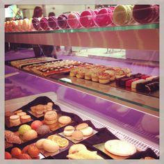 Los macaron fueron los productos estrella en Alimentaria 2014, aunque también gustaron los panes de colores, los canapés y los mini dulces.