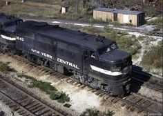 New York Central Electric Locomotive, Diesel Locomotive, Old Trains, Vintage Trains, New York Central Railroad, Train Posters, Railroad Pictures, Rail Car, Train Pictures