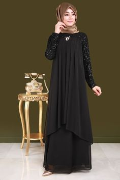 Brooch Chiffon Hijab Evening Dress Black – Best Of Likes Share Hijab Evening Dress, Hijab Dress Party, Hijab Style Dress, Black Evening Dresses, Islamic Fashion, Muslim Fashion, Asian Fashion, Girl Fashion, Abaya Fashion