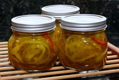 Sweet and Tart Green Tomato Pickles: Green Tomato Pickles