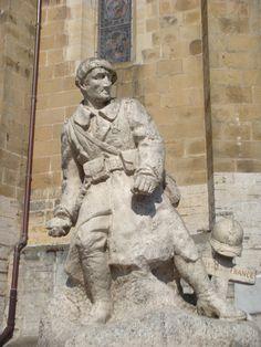 Monument aux morts d'Urrugne . Aquitaine