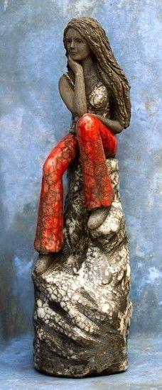 6 Source by Potterybykaren Paper Mache Sculpture, Sculptures Céramiques, Art Sculpture, Pottery Sculpture, Abstract Sculpture, Paper Mache Crafts, Raku Pottery, Ceramic Figures, Ceramic Clay