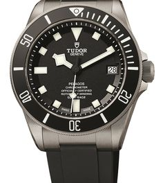 We've already told you that Tudor is now a true manufacture, making its own movement completely in-house. They announced this caliber, the MT5621, in a brand new, hyper-technical-looking watch called the North Flag, introduced here. Well guess what – they didn't stop there. Also receiving the in-house caliber is an old favorite from a few years back, the super diver and still the only titanium watch in the family – the Pelagos. Oh, and now it's available in blue!