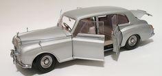 1964 Rolls Royce Phantom V MPW  PARAGON 98211R Scale 1:18