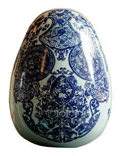 Paddle8: Porcelain skull egg, 2014 - Jacky Tsai