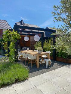 Back Garden Design, Patio Design, Outdoor Landscaping, Backyard Patio, Riverside Garden, Small Pergola, Garden Deco, Outdoor Furniture Sets, Outdoor Decor