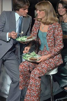 10 Glamour 1974 John Stember Photos and Premium High Res Pictures - Getty Images 70s Fashion, Fashion Photo, Stock Pictures, Stock Photos, Patti Hansen, Glamour Magazine, Image Collection, Rolling Stones, Royalty Free Photos