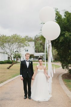 A romantic French country style wedding inspiration shoot with giant wedding balloons, pastel colors, and amazing dessert table. Modest Wedding, Free Wedding, Our Wedding, Wedding Stuff, Country Wedding Inspiration, Country Style Wedding, Big Balloons, Wedding Balloons, Round Balloons