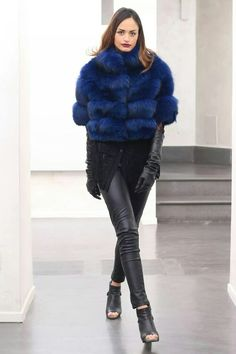 Don't let people tell you who you are, you tell them. From #Milano #FashionWeek #Silver #Fox #Fur #Jacket #SAGA #ROYAL #FOX #QUALITY, #MadeinItaly. http://www.jewelsandfurs.com/web/shop/pellicce/ef001829-2 #blue #furs #furfashion #pelliccia #furlove #fourrure #mode #мех #мода #luxury #luxus #style #love #amazing #girl #outfit #shopping #jewelsandfurs #model