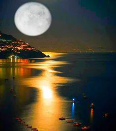 In The Moonlight The Moon Tonight, Cool Picks, Sea Dweller, Grand Bazaar, Beautiful Moon, Good Morning Good Night, Gods Creation, Positano, After Dark