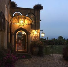 WEBSTA @ ayseerinc - A piece of haven. #villacimbrone #ravello #italy Ravello Italy, Instagram, Home Decor, Interior Design, Home Interior Design, Home Decoration, Decoration Home, Interior Decorating