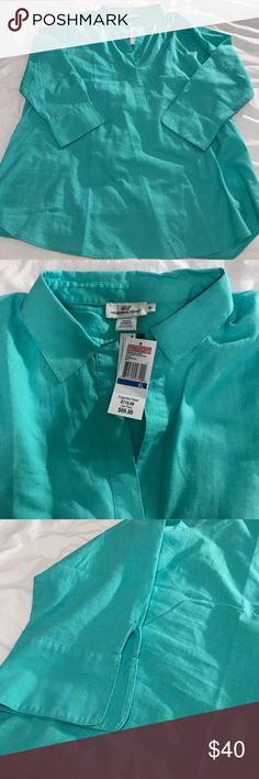 Vineyard Vines Tunic NWT Vineyard Vines linen Tunic in beautiful aqua blue // vneck with collar // size XL and perfect as a shirt or beach coverup! // 55% Linen & 45% Cotton // Originally $118 from retail VV, marked down to $70 at outlet Vineyard Vines Tops
