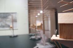 """Antonis Papadopoulos, """"Y la fiesta continua.."""" Instalación, Técnica mixta, 2013."""