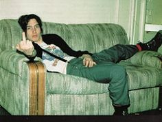 John Frusciante News: John Frusciante Biography - Part 4 Before and after Red Hot & Toni Oswald
