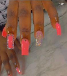 Acrylic Nail Designs Coffin, Classy Acrylic Nails, Colored Acrylic Nails, Acrylic Nails Coffin Pink, Short Square Acrylic Nails, Summer Acrylic Nails, Drip Nails, Exotic Nails, School Nails