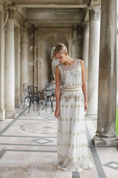Wow your guests with a frock that harks back to wedding days of time gone by - the vintage theme has never been hotter