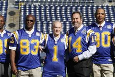 John Jefferson, Don Coryell, Dan Fouts, Kellen Winslow & Wes Chandler, San Diego Chargers. San Diego Chargers, Chargers Nfl, Dan Fouts, Nfl Football Players, Football Hall Of Fame, San Diego Padres, Sports Photos, National Football League, Legends