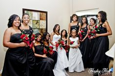 Tyler Texas Wedding Photography, wedding party, casual photo, gettting ready, bridesmaids