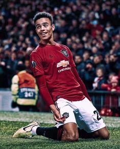 Neymar Football, Ronaldo Soccer, Cristano Ronaldo, Messi Soccer, Manchester United Wallpaper, Manchester United Players, Manchester City, Cristiano Ronaldo Shirtless, Soccer Photography