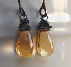 pretty handmade earrings. #earrings #handmade #bmichelledesigns
