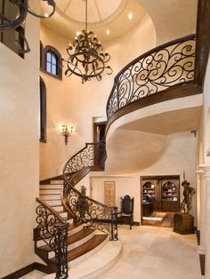 15 Luxury Staircase Ideas A staircase in your home can be a perfect interior symbol to bring a luxury design style. A big home with a big stair too usually is more recommended to have a luxury style on it. The staircase is als Luxury Staircase, Modern Staircase, Grand Staircase, Staircase Ideas, Spiral Staircases, Home Stairs Design, Railing Design, House Design, Traditional Staircase