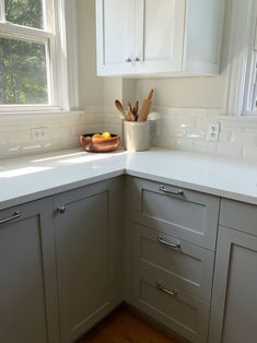 I spy a bright white cabinet door at IKEA! Romantic Kitchen, Quirky Kitchen, Ikea Kitchen, Kitchen Ideas, Ikea Cabinets, White Cabinets, Kitchen Cabinets, Kitchen Walls, English Country Kitchens