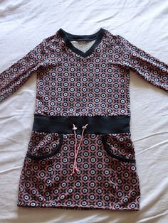 simpele sunje Vintage Kids Clothes, Vintage Children, Sewing Patterns For Kids, Family Outfits, Baby Girl Dresses, Frocks, Couture, Blouse, How To Make