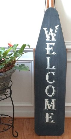 Welcome antique ironing board Painted Ironing Board, Antique Ironing Boards, Wood Ironing Boards, Wooden Boards, Primitive Homes, Primitive Crafts, Iron Board, Diy Wood Signs, Country Crafts