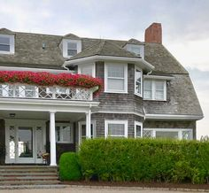 Beach house House Exteriors, Beach House, Mansions, House Styles, Home Decor, Beach Homes, Decoration Home, Manor Houses, Room Decor