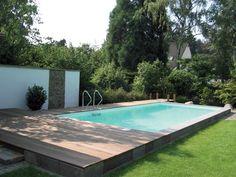 schwimmbecken im garten eines reihenhauses | squees | pinterest, Garten und Bauen