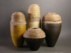 Hannie Goldgewicht: ceramic and pine needle basketry