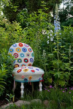 Crocheted chair cover ~ this may be pinned already, but I want to make sure!  It's that good!