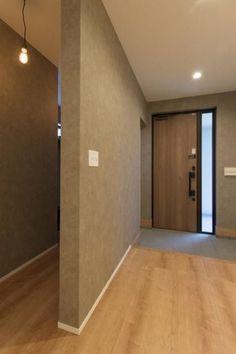 Entrance Design, House Entrance, Entrance Doors, Doorway, House Furniture Design, Interior Design Living Room, House Design, Japanese Modern House, Home Porch