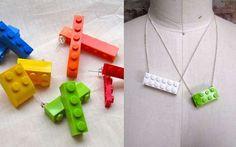 Diy Lego Jewlery - This looks fun to wear to school for the kiddos! Lego Jewelry, Jewelry Crafts, Jewelry Ideas, Craft Jewellery, Handmade Jewellery, Legos, Lego Necklace, Lego Craft, Bijoux Diy