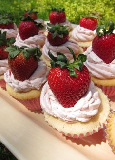 Strawberry Cupcakes (May 2012)