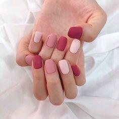 Gorgeous Nails Art Inspiration Ideas To Try This Year – neon nail art Stylish Nails, Trendy Nails, Velvet Nails, Pastel Nail Art, Subtle Nails, Nagellack Design, Minimalist Nails, Nagel Gel, Nail Swag