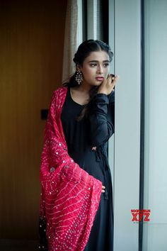 Actress Shalini Pandey Latest Beautiful Photoshoot Stills - Social News XYZ Casual Indian Fashion, Indian Fashion Dresses, Indian Gowns Dresses, Dress Indian Style, Indian Designer Outfits, Indian Outfits, Fashion Outfits, Designer Dresses, Long Dress Design