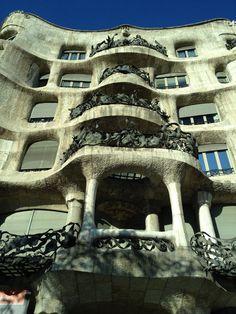 Take photos of Casa Milà #barcelona #spain