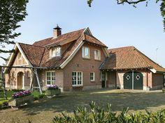 Belgian Style, Building Design, Exterior Design, Facade, Sweet Home, Home And Garden, Cabin, House Styles, Houses
