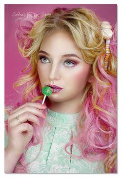 #candy #photography #photoshoot #model #modeling #fotografía #fotografie #makeup #visagie #hairstyle #hairinspiration #gum #bubblegum #schagen #fotograaf #photooftheday #mua #photooftheweek #girl #pink #yellow