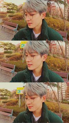 Carat Seventeen, Seventeen Jun, Mingyu Seventeen, Band Wallpapers, Won Woo, Seventeen Wallpapers, Korean People, Boys Wallpaper, Funny Boy