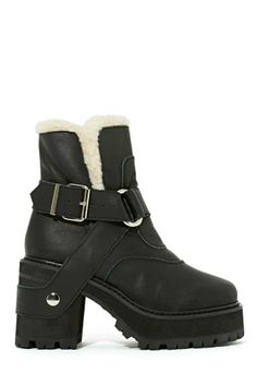 UNIF Sherpa Boot