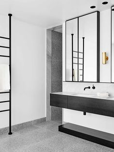 One of our favourite Melbourne design firms, Flack Studio, has created this stunningly sophisticated bathing sanctuary for a Bendigo based client using Storm Terrazzo by Fibonacci Stone. Made up of pa
