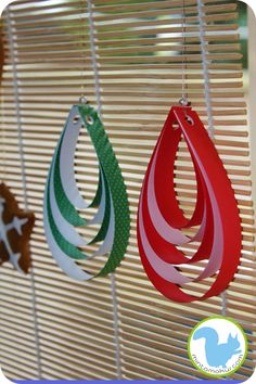 Christmas ornaments: Quick, easy & fun paper Christmas ornament. Great fine motor skill practice too.