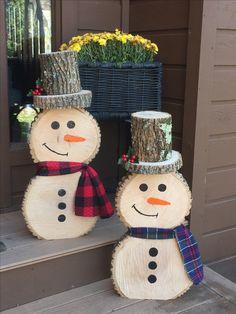Wooden Christmas Crafts, Christmas Ornament Crafts, Outdoor Christmas Decorations, Christmas Art, Christmas Projects, Winter Christmas, Holiday Crafts, Christmas Gifts, Diy Holz