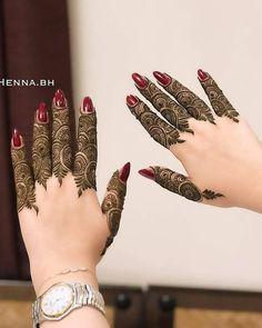 Pretty Henna Designs, Modern Henna Designs, Floral Henna Designs, Back Hand Mehndi Designs, Latest Bridal Mehndi Designs, Full Hand Mehndi Designs, Mehndi Designs 2018, Mehndi Designs For Girls, Henna Art Designs