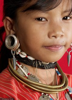 Thailand, Karen tribe girl. Fotopedia