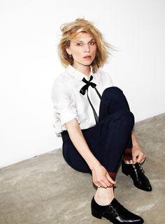 L'actrice touche-à-tout, Clémence Poésy, signe une collection capsule pour Pablo. Rencontre