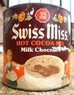 Vintage 1976 Swiss Miss Hot Cocoa Mix Retro Recipes, Vintage Recipes, Sweet Memories, Childhood Memories, Vintage Tins, Vintage Food, Retro Food, Swiss Miss, Hot Cocoa Mixes